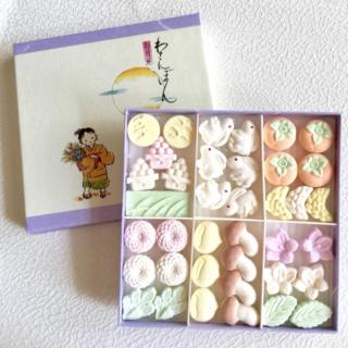 和三盆のお菓子月見