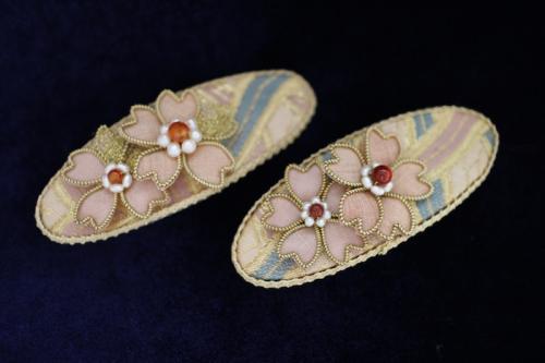 結城紬の桜バレッタ